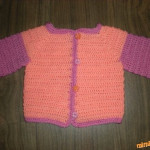Farebný svetrík pre bábätko