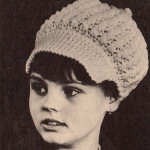 Dívčí čapka se štítkem