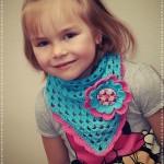 Dětský šátek s květinou