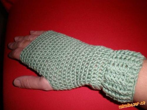 bez-prstu-zelene