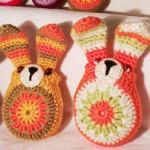 Barevní velikonoční zajíčci