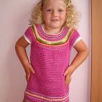 Dívčí háčkovaná tunika