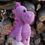 Růžový Dino